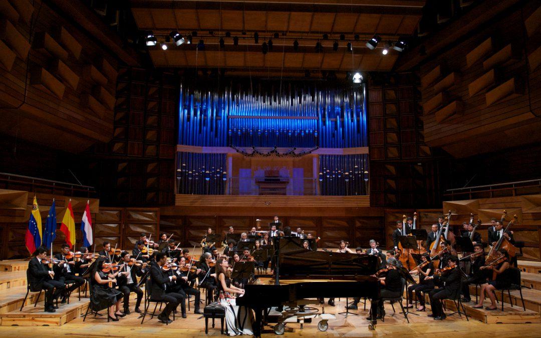 Concierto de solista con la orquesta RTVE en el Teatro Monumental